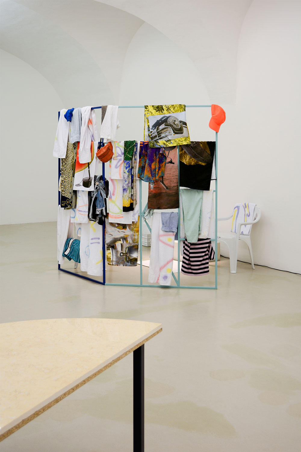 Bassin ouvert, Clémence Seilles, Installation view, photo by aneres